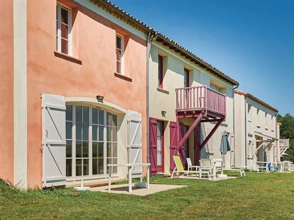 Residence LOustal Del Carlat - Maison du Lac 1 in Ariège