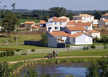 Residence de Fontenelles  House 1 in
