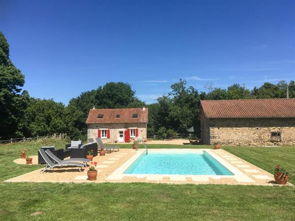 Rouge Cottage in Haute-Vienne