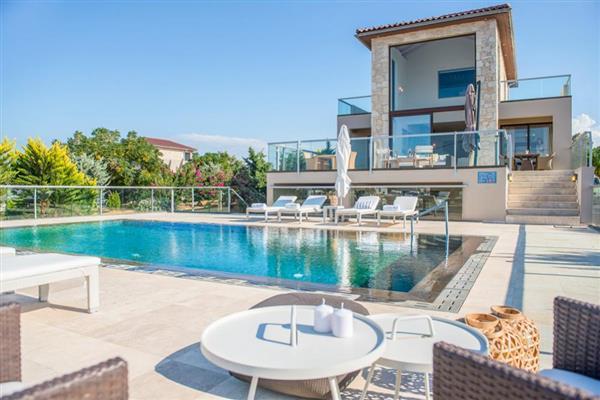 Sea View Villas in Crete