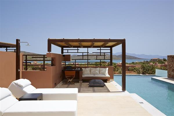The Residence 3 bedroomed villa in Crete