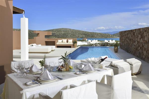 The Residence 4 bedroomed villa in Crete