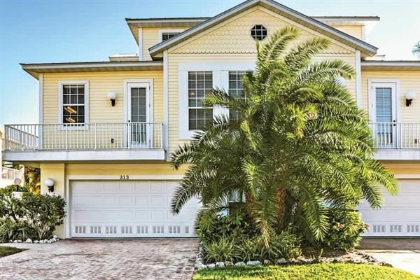 Villa 313 64th Street in Florida