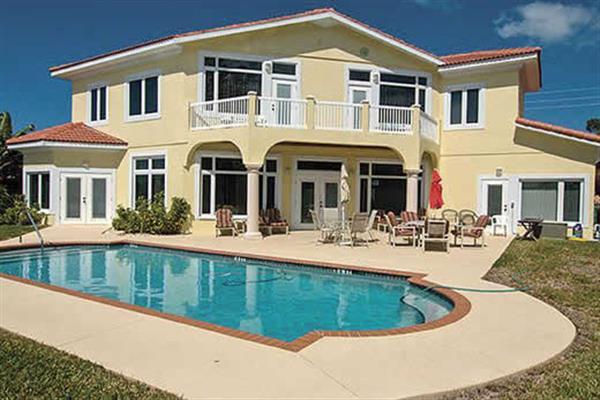 Villa 529 Key Royale in Florida