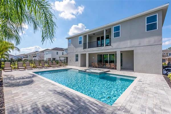 Villa 7707 fairfax drive in Florida