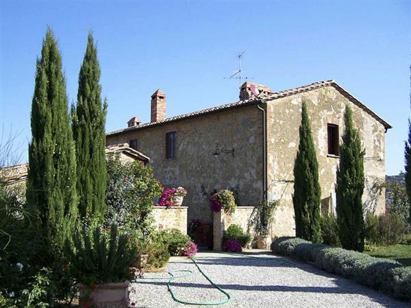 Villa Acciaio in Provincia di Siena