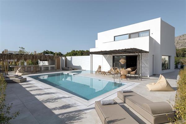Villa Achyro in Southern Aegean