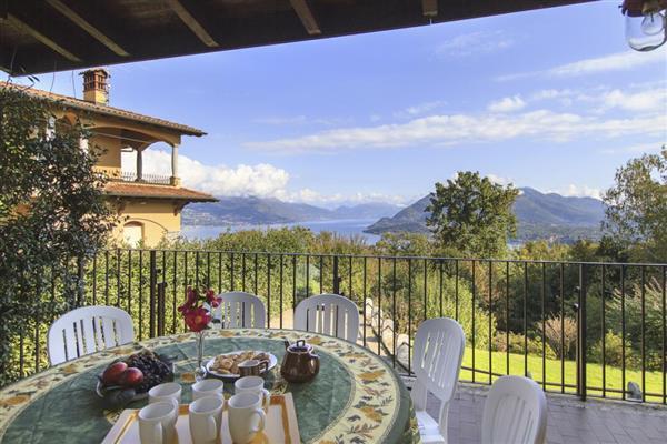 Villa Albino in Provincia del Verbano-Cusio-Ossola
