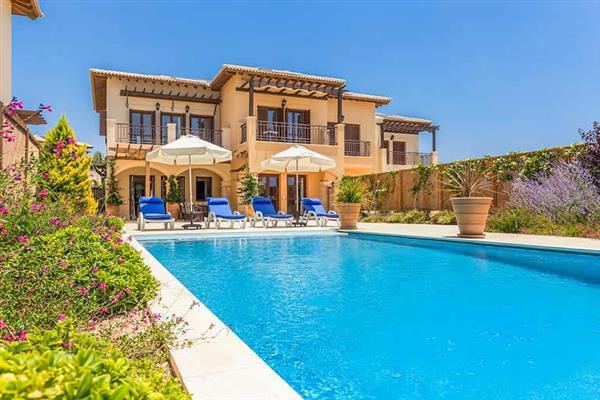 Villa Alexander Heights Elite AJ07, Aphrodite Hills, Cyprus With Swimming Pool