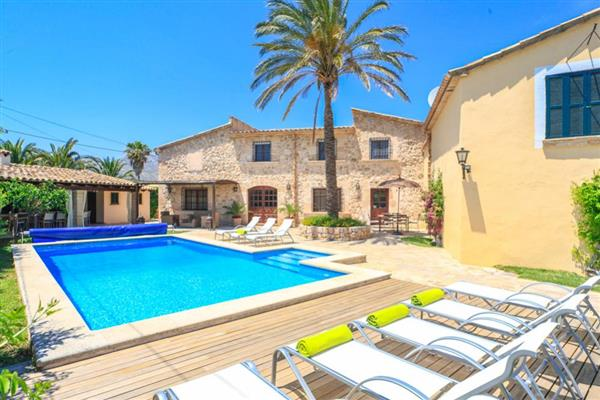 Villa Alqueria in Illes Balears