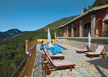 Villa Apolis IV in Greece