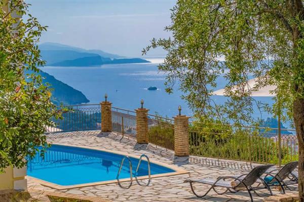 Villa Apolis Parga in Greece