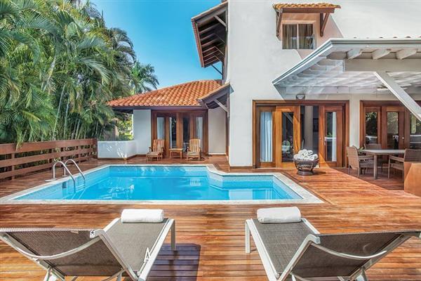 Villa Aqua from James Villas