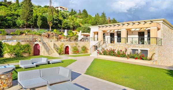 Villa Aquamarine in Epirus