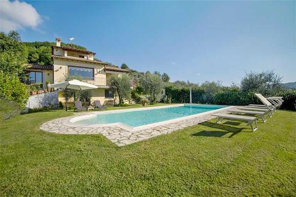 Villa Balzo, Tuscany