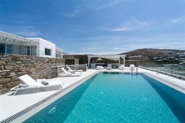 Villa Basileus in Southern Aegean