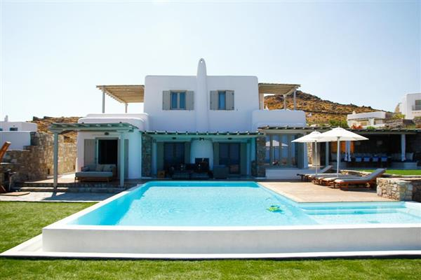 Villa Benediktos in Southern Aegean