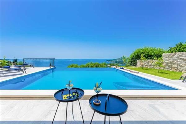 Villa Blue Sapphire in Croatia