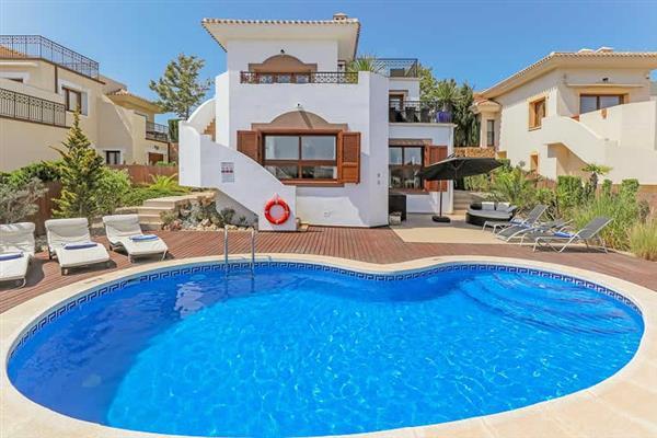 Villa Buena Vista Azariah from James Villas