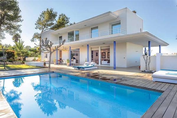 Villa Can Llusia in Ibiza
