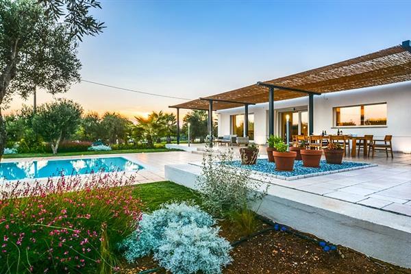 Villa Casa Moderna in Italy