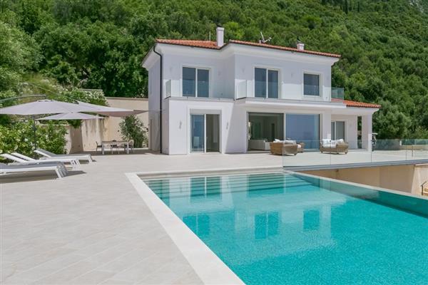Villa Certosa in Ionian Islands