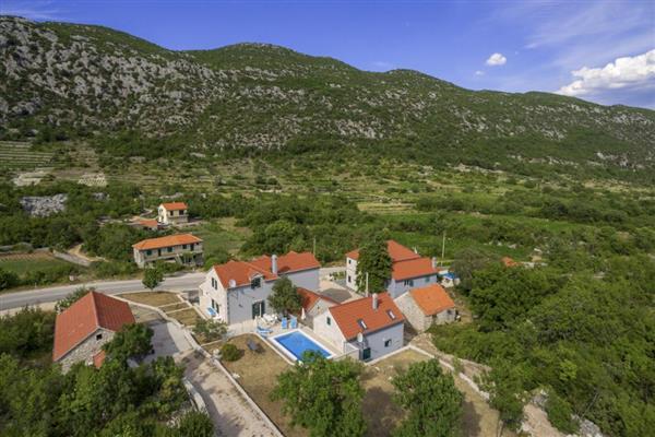Villa Chesna in Općina Zagvozd