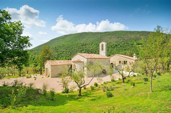 Villa Chiesa in Provincia di Perugia