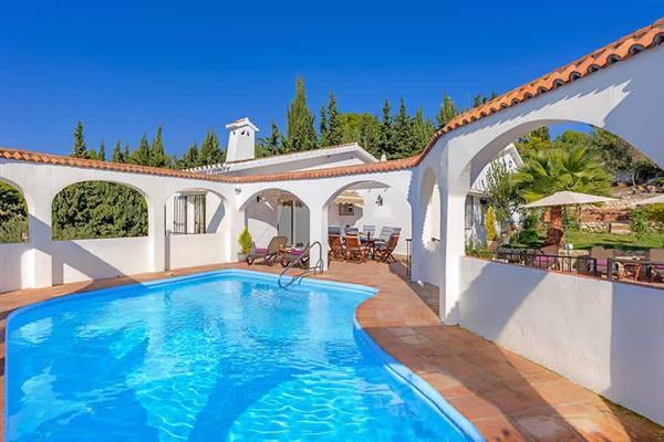 Villa Cipreses in Spain