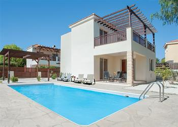 Villa Coral Bay Sun in Cyprus