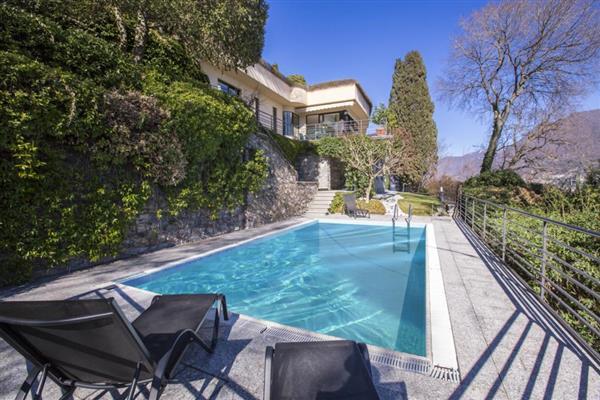 Villa Cortese in Provincia di Como