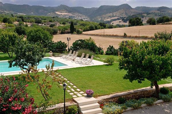 Villa Cozzo in Provincia di Siracusa