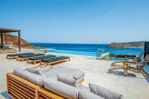 Villa Dimitra in Crete