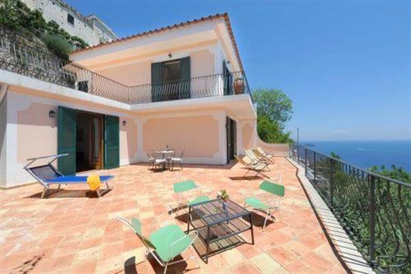 Villa Dina in Provincia di Salerno