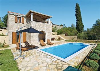 Villa Domus Lauri in Croatia