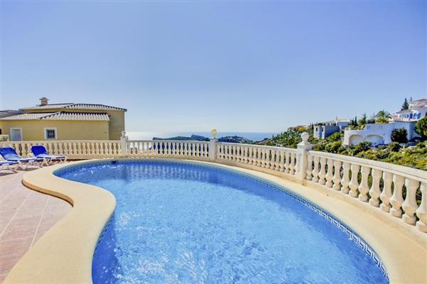 Villa Dorado in Alicante
