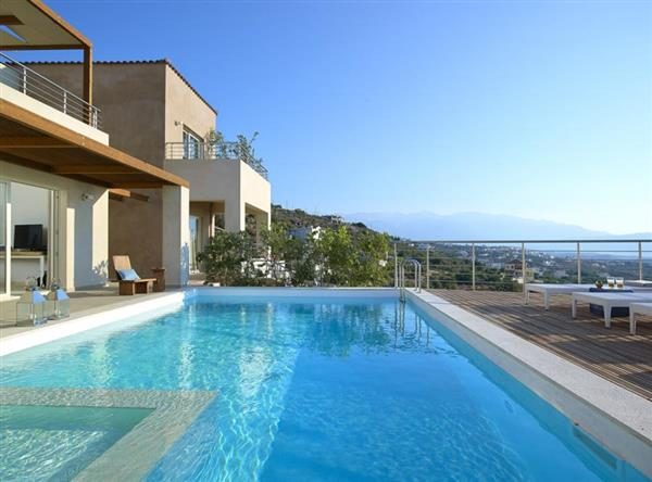 Villa Earth in Crete