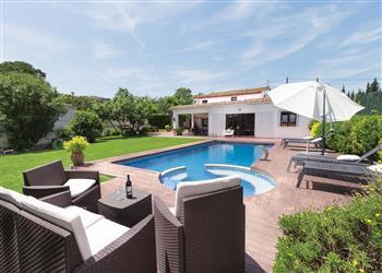 Villa Eduardo in Spain
