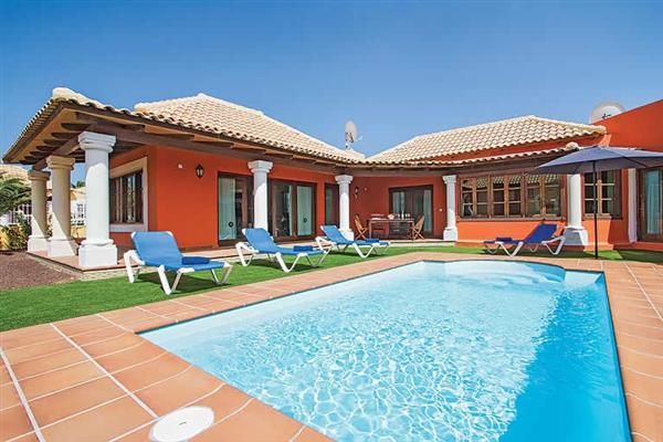 Villa Elena Mar, Corralejo, Fuerteventura With Swimming Pool