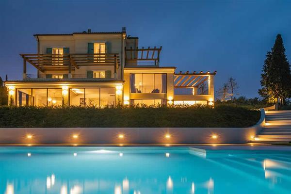 Villa Elouise in Italy
