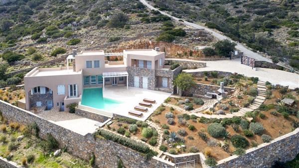 Villa Elounda in Crete
