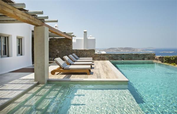 Villa Enaena in Southern Aegean