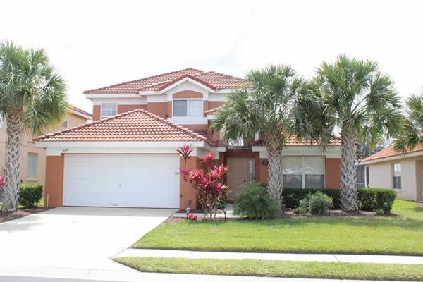 Villa Enchanting Escape in Florida
