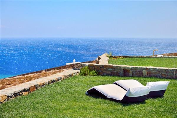 Villa Erastos in Southern Aegean