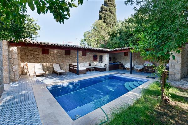 Villa Ezusa in