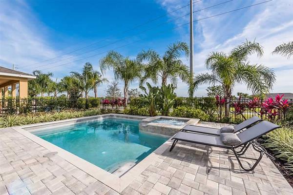 Villa Falls Drive in Florida