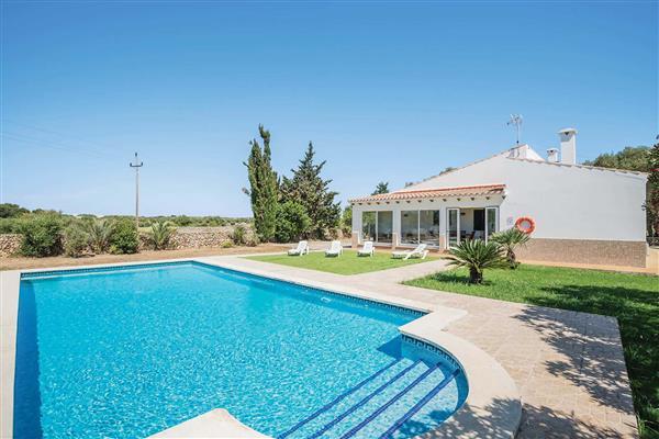 Villa Finca Llucmacenet in Menorca