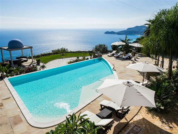 Villa Gallodoro in Provincia di Messina