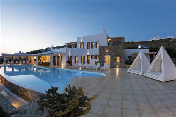 Villa Gamma in Southern Aegean
