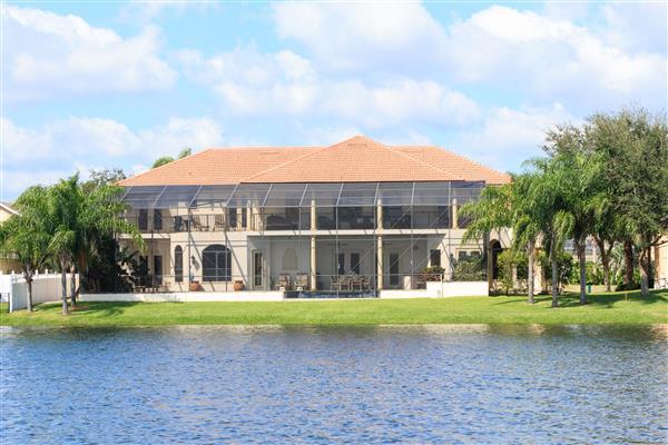 Villa Garnet, Formosa Gardens, Florida With Swimming Pool